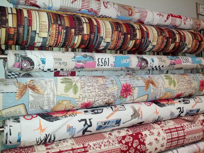 News scampoli e tessuti tessuti raponi milano for Arredamento outlet roma